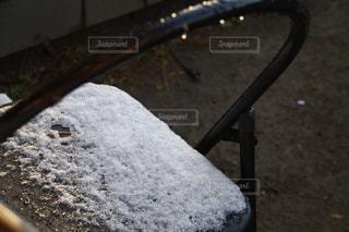 パイプイスと雪の写真・画像素材[1767190]