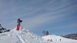 雪山で楽しむ女子 - No.814194