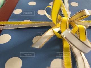 黄色,プレゼント,贈り物,りぼん,多彩,多色