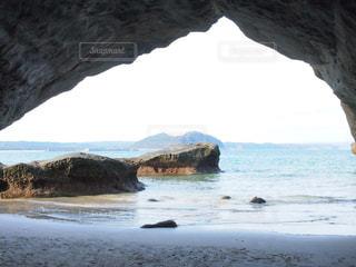 背景の山と水体の写真・画像素材[1388193]