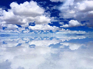 空と雲の鏡張り♡の写真・画像素材[1217923]