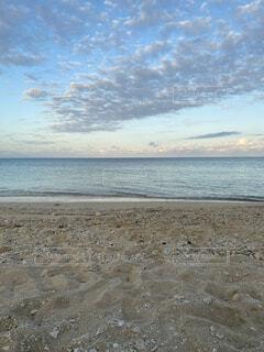自然,風景,海,空,屋外,砂,ビーチ,雲,夕暮れ,水面,海岸,沖縄,国内旅行