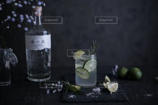 ガラス,ボトル,ドリンク,アルコール,クラフトジン,香の森