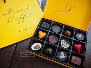 No.325917 チョコレート