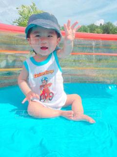 夏,プール,晴れ,人物,人,赤ちゃん,幼児,乳児,はじめて,フォトジェニック,暑さに負けるな