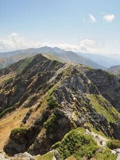 美しい日本アルプスの大自然の風景の写真・画像素材[4957790]