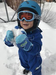子ども,アウトドア,スポーツ,雪,人物,ゴーグル,幼児,ゲレンデ,レジャー,ヘルメット