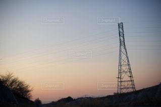 街に沈む夕日の写真・画像素材[959781]