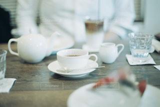 雰囲気の良いカフェでお茶の写真・画像素材[2251836]