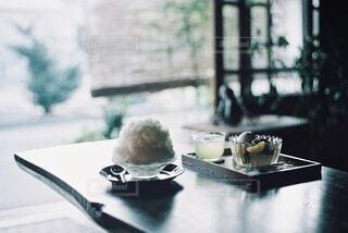 古民家カフェでかき氷の写真・画像素材[3620835]
