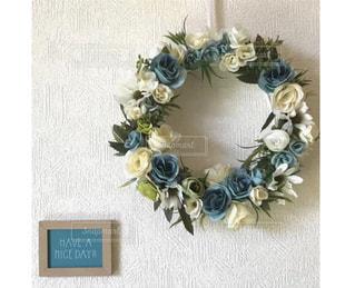 ネックレスの花の花瓶の写真・画像素材[2141450]