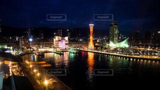神戸モザイクの観覧車から見る、港町神戸の夜景の写真・画像素材[1703661]