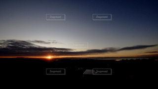 空,屋外,太陽,雲,光,日の出,陽光,初日の出,ご来光,明け方,クラウド,元日