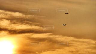 自然,空,太陽,雲,夕暮れ,飛行機,飛ぶ,光,離陸,フライト,高い