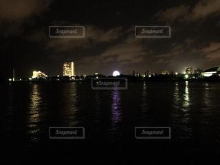 海,夜景,観覧車,ネオン,沖縄,水平線,光,北谷,アメリカンビレッジ,デポアイランド