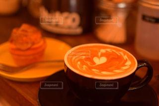 カフェ,コーヒー,沖縄,オシャレ,ラテアート,北谷,シナモンロール,アメリカンビレッジ,ZHYVAGO COFFEE WORKS OKINAWA