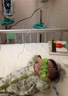 赤ちゃん,点滴,医療,小児科,医療現場,小児外科,小児医療