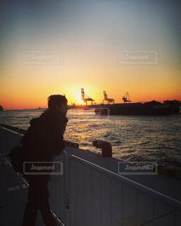 風景,空,夕日,屋外,ボート,夕暮れ,船,大阪港