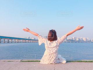 女性,後ろ姿,川,女,背中,天,韓国,ソウル