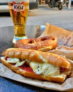 ランチ,フランス,ビール,サンドイッチ,プレッツェル,Chez FELS