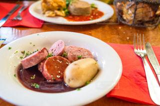 フランス,レストラン,リヨン,a la traboule,赤ワイン煮