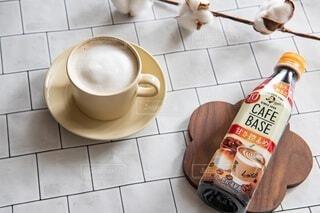 食べ物,コーヒー,朝食,屋内,床,マグカップ,食器,カップ,紅茶,コーヒー カップ,受け皿