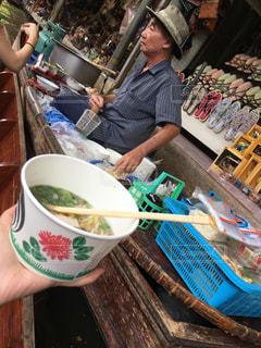 タイ,ラーメン,バンコク,香辛料,水上マーケット,現地のラーメン,さっぱりして美味しい,海外美食