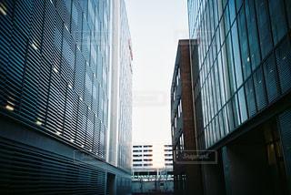 背の高い建物の写真・画像素材[732790]