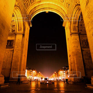 CANON EOS 6D、フランス パリ 凱旋門の写真・画像素材[946317]