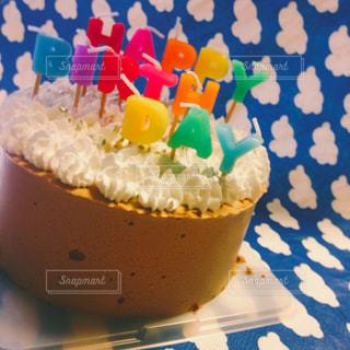 カップのように作られたケーキの写真・画像素材[842373]