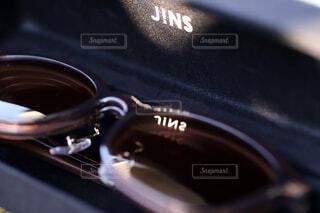 JINSのswitch、黒いケースでカッコイイの写真・画像素材[3713133]