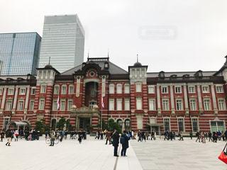冬の東京駅の写真・画像素材[1032304]
