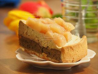 スイーツ,ケーキ,おやつ,タルト,お祝い,桃,ホームパーティ