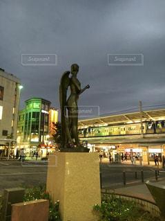 駅前,自由が丘,女神の像