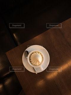 ウィンナーコーヒー,ventovera,caffe viennese,横浜芸術劇場 カフェ,昼下がりのカフェ
