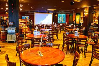 レストランのダイニング ルームのテーブルの写真・画像素材[807319]