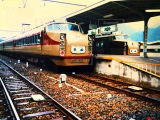 鋼のトラックの列車の写真・画像素材[1232663]