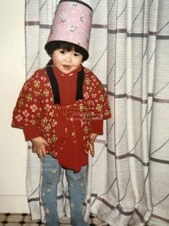 帽子をかぶった小さな女の子の写真・画像素材[1232715]