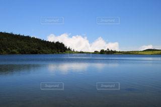 水の大きな体の写真・画像素材[1403910]