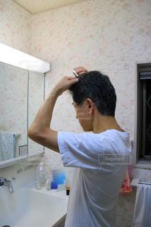 男性,人物,頭,育毛剤,65歳,第一三共ヘルスケア