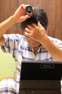 男性,人物,髪の毛,白髪,薄毛対策,育毛剤,65歳,第一三共ヘルスケア