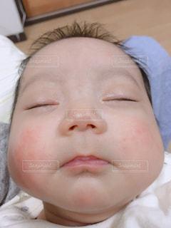 赤ちゃんの顔の写真・画像素材[1139299]