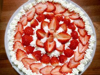 食べ物,ケーキ,赤,鮮やか,いちご,フルーツ,果物,くだもの,果実,手作り,red,strawberry,ストロベリー,自家製,食材,cake,フレッシュ,fruits