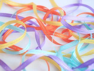 春,カラフル,紫,黄色,水色,オレンジ,イエロー,ムラサキ,オレンジ色,パステルカラー,紫色,りぼん,ライトブルー