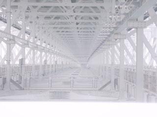 近くの橋の上の写真・画像素材[1041292]