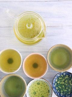 休憩,癒し,急須,ティータイム,お茶,テーブルフォト,緑茶,日本茶,グリーンティー,湯呑み,湯のみ,俯瞰ショット