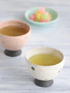 休憩,癒し,ティータイム,お茶,テーブルフォト,緑茶,日本茶,グリーンティー,湯呑み,湯のみ,砂糖菓子
