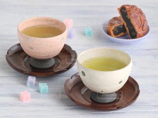 和菓子,休憩,癒し,ティータイム,お茶,テーブルフォト,緑茶,日本茶,グリーンティー,湯呑み,湯のみ,砂糖菓子