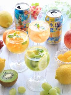 氷結 レモンとパイナップルの写真・画像素材[1324616]