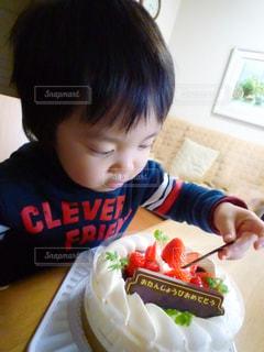 男の子とケーキの写真・画像素材[1671743]